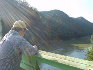 2008_jr_walking_7.JPG
