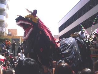 2010_shishimai_4.jpg